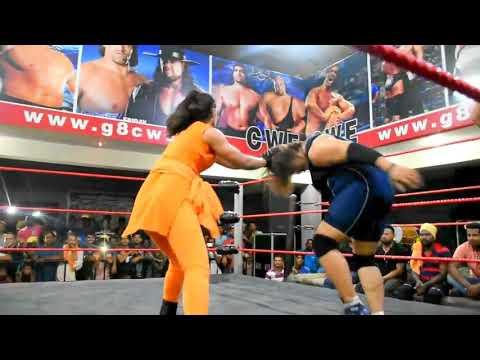 Indian Women's Fighting Like WWE Wrestling