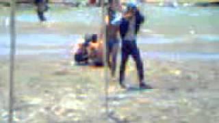 Download Video ABG BUGIL SEDANG MANDI DI KALI BERSAMA TEMAN MP3 3GP MP4