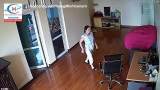"""""""Lòng Tốt"""" của chị giúp việc được Camera an ninh quay lại khi chủ vắng nhà"""