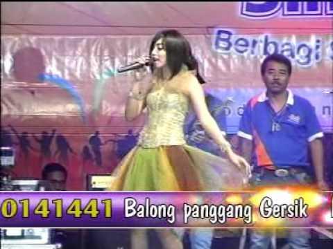 Disaat Aku Tersakiti   Voc  Sarah Brilian OM. SERA Live Balong Panggang Gresik