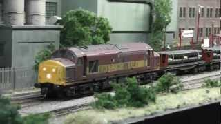 DCC Sound EWS Class 37419 + 37411 at Wakefield Model Railway Show 2012