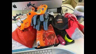 Best winter accessories for trail & ultra running (gloves, hats, micro-spikes & reflectives)