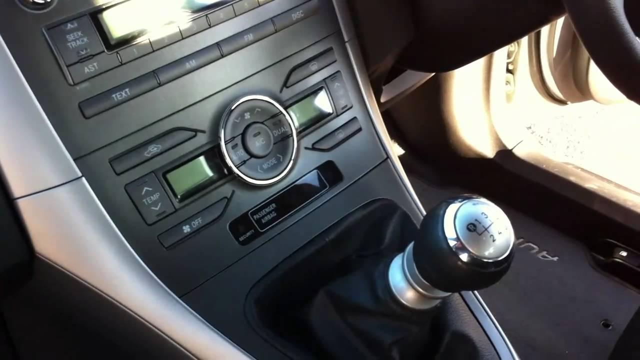 Toyota Auris Tr 2009 1 6 Valvematic Youtube