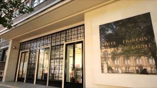 SW7 Video Tour (South Kensington)(South Kensington is a truly cosmopolitan area with a vibrant feel and an amazing selection of cultural attractions, restaurants, cafes and shops. The area benefits ..., 2013-03-14T11:48:09.000Z)