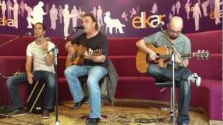 """Showcase / Akustikoa ANJE DUHALDE """"Gogoaren baitan""""- Elkar Baiona 10 / 05 / 12"""