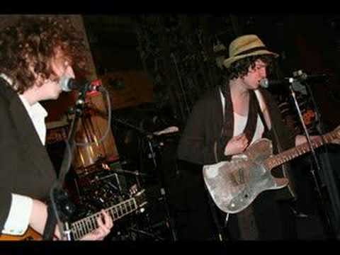 The Kooks - Naive (Live In Dundee)