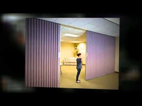Folding room dividers and operable partitions by hufcor for Retractable walls commercial