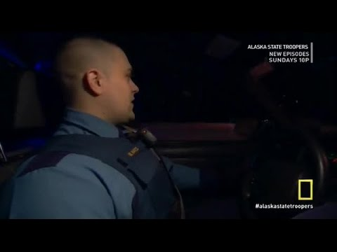 Alaska State Troopers S05E01 Trail of Blood