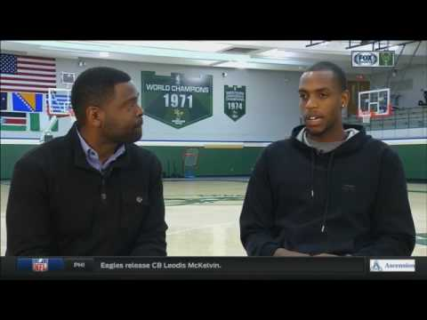 Bucks' Middleton talks one-on-one with Telly Hughes