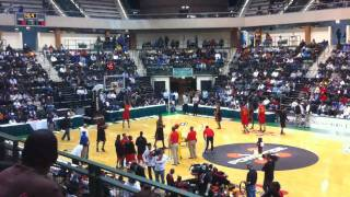 2011 McDonald's All American Dunk Contest warm-up
