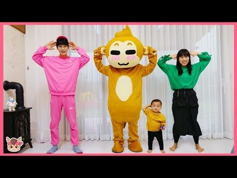 Head, Shoulders, Knees & Toes Exercise Song for Children Family fun 머리 어깨 무릎 동요 따라하기 thumbnail