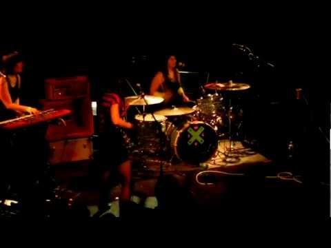 Wild Flag - Margin Walker (Fugazi cover) - Live in Boston - 3-31-12