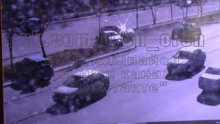Эксклюзивное видео столкновение автомобилей на пересечении пр  Гагарина и ул  Восточной  в Оренбурге