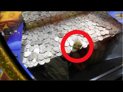 Winning CASH from CLAW KICKER'S COIN PUSHER!!!