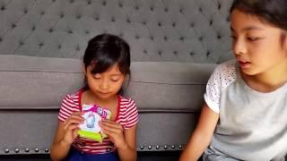 The Ela Sisters opening princess mashems and shopkins collecto…