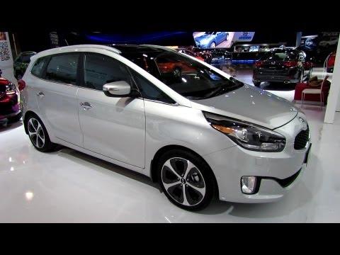 2014 KIA Rondo (KIA Carens) - Exterior and Interior Walkaround - 2013 Toronto Auto Show - 2013 CIAS