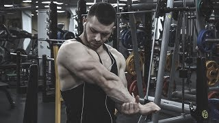 BODYBUILDING MOTIVATION | YOUNG MUSCLE MACHINE PUMPED UP IN GYM