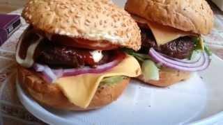 Чизбургеры пейнтбольные на мангале