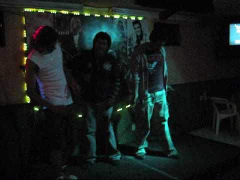 Mago de Oz - Fiesta Pagana - Karaoke - (Vik, Carlos y Riky)