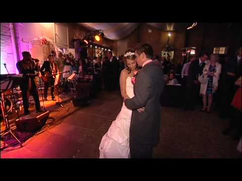 Cake Cutting & First Dance Wedding - Lisa Pitchford Photography & Videography