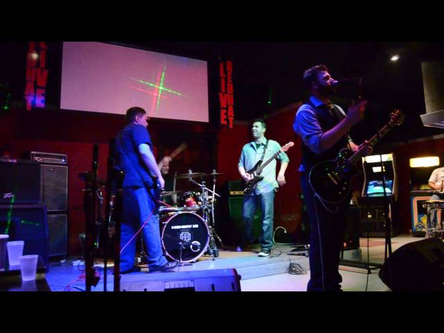 """Slither"" at Red Hat Sports Bar"