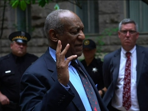 Cosby Leaves Pittsburgh Courthouse