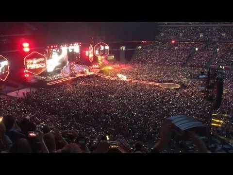 """Coldplay """"Fix You"""" Wembley Stadium June 18, 2016"""