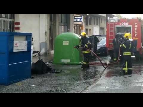 Arde un contenedor en el barrio de A Residencia de Lugo