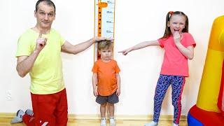 Лиза и Миша хотят играть быть выше и прыгать на батуте | wants to be taller & jump on the trampoline