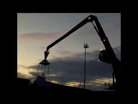 LOADING/HANDLING TIMBER INTO SHIP | AVRAMENKO VLOG. ПОГРУЗКА ДЕРЕВА НА СУДНО. РАБОТА МОРЯКА.