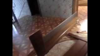 видео Как вставить стекло в межкомнатную дверь если оно разбилось самостоятельно