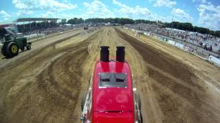 Case IH Extremely Armed & Dangerous Terry Blackbourn Tractor Pulling Onboard Tomah WI 6-22-12