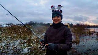 Спиннинг для начинающих - ловля щуки с берега и река Березина (философия Юли) #35
