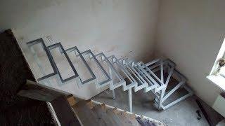 видео Особенности лестниц из металла