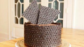 Decora bolo com Plático Bolha!! Bolo de aniversário/Tatiane Marques