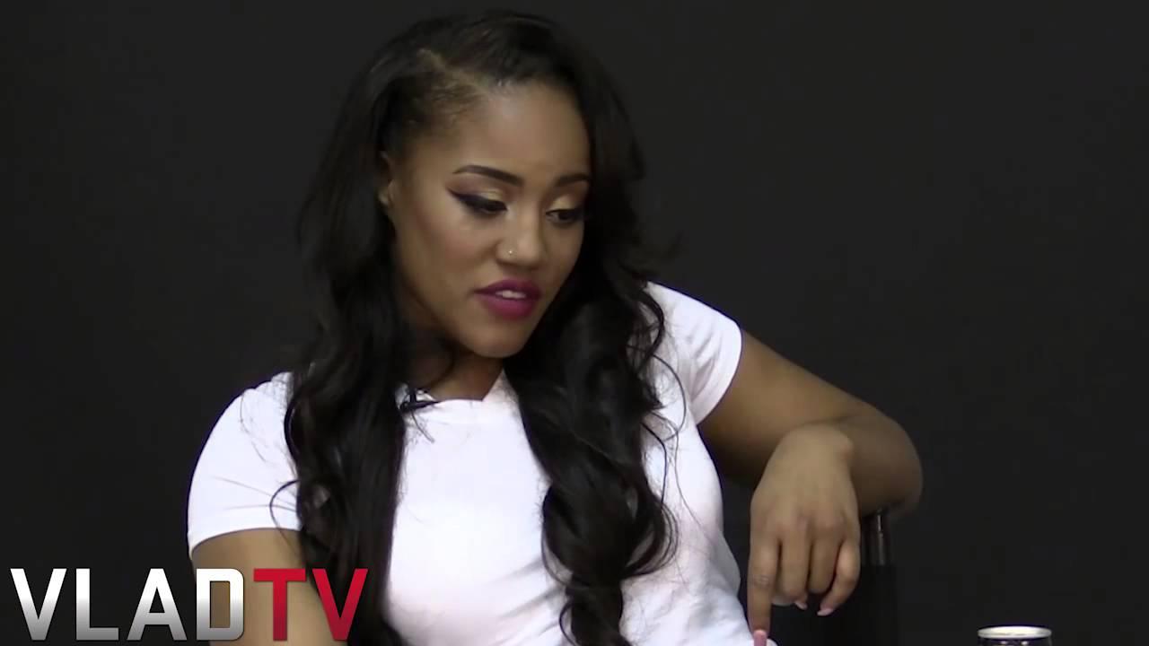 Jhonni Blaze Addresses Rumors She Had Miscarriage on Stage - YouTube