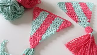 Fourth video in my latest crochet-a-long (CAL) for my Summer Bunting! There will be 9 tutorials in total, 8 triangle patterns and 1 finishing pattern. Today's tutorial ...