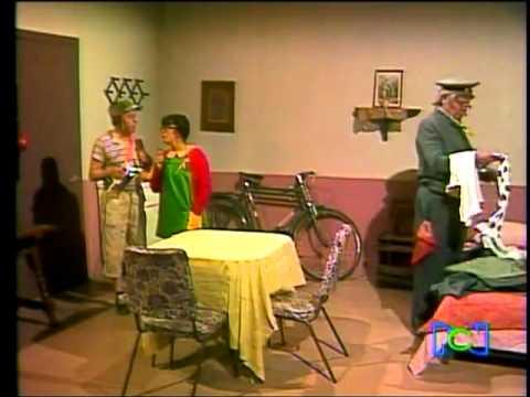 Clube do Chaves - O ferro de passar do Jaiminho - Episódio inédito (Espanhol)