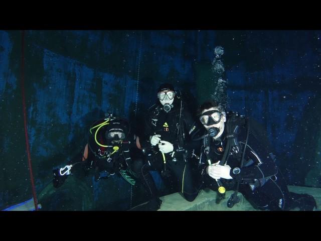 Tauchen im 20m Meter Tauchtrum von Dive4Life in Siegburg