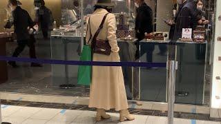Рождественский шоппинг в Токио Как одеваются и что покупают японцы перед Рождеством Зима в Токио