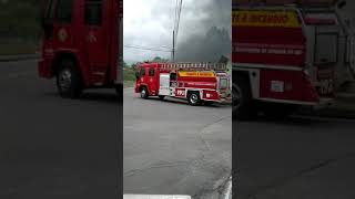 Carro pega fogo no Jaraguá Esquerdo