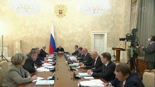 В России ответственность за несоблюдение мер по борьбе с коронавирусом могут ужесточить.