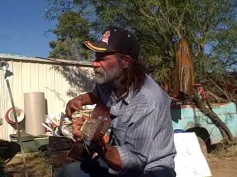 Tucson Roosterman Sings 'Hello Mister Mailman'