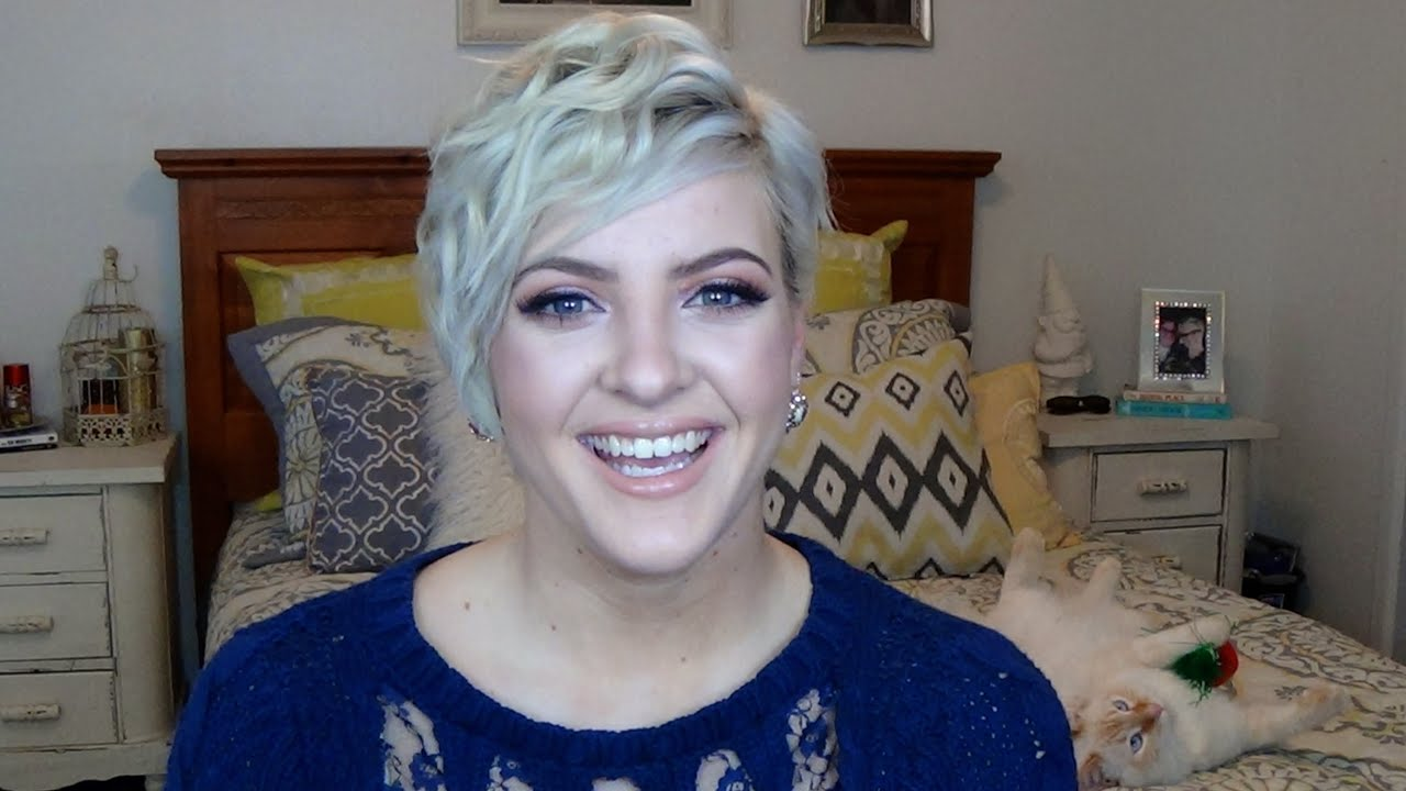 How I Curl My Pixie Cut Youtube