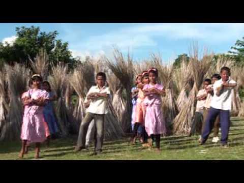 Dularia Prabhu    latest Christmas Song 2014    Amak Aran    Santali devotional Song    Choice