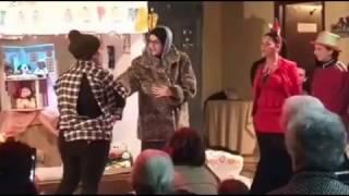 Απόσπασμα από την θεατρική παράσταση των μονάδων μας τα Χριστούγεννα του 2016