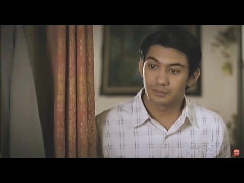 Bunga Citra Lestari - Cinta Sejati (OST. Habibie & Ainun)  | Official Video