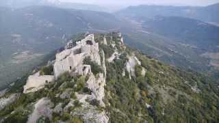 Le château cathare de Peyrepertuse dans l'Aude