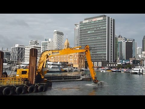 How Ports of Auckland Clean up Berths for Cruise Ships 2016
