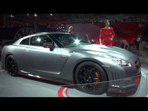 2014 Paris Motor Show - Girls and Cars